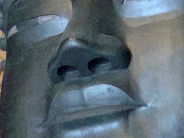 大仏様の鼻の穴