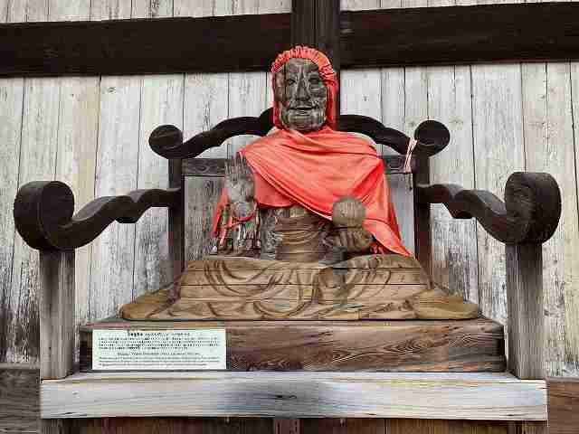 大仏殿の賓頭盧尊者像